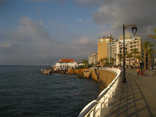 Beirut, Libanon: Down on the corniche.