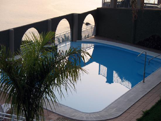 La Muralla Apartamentos : der schöne Pool