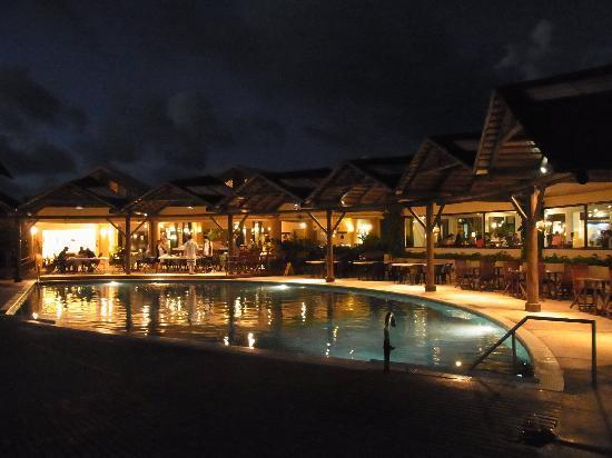 Mariana Resort & Spa: ホテルのプール