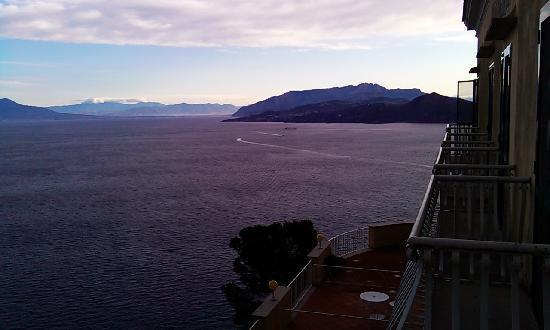 Hotel San Michele: panorama dal balcone con maltempo