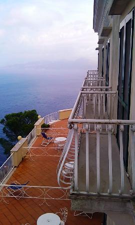 Hotel San Michele: panorama dal balcone