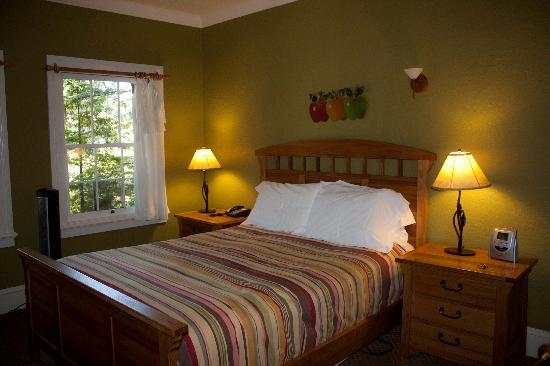 Applewood Inn: Room 7