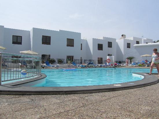 Apartamentos Jable Bermudas: pool  view