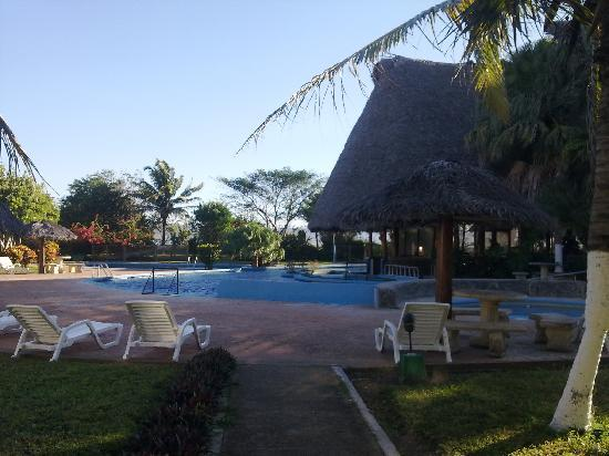 Ecoplaya Beach Resort: Pool