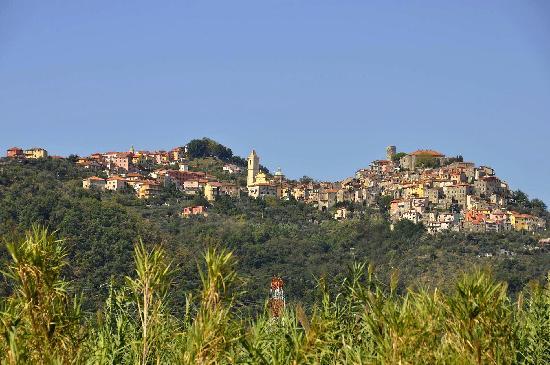 Agriturismo Spazzavento: La ville de Vinci, dont le musée consacré à Léonard le natif de la ville  est à visiter