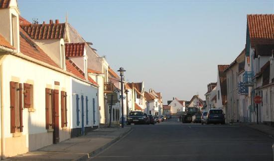 La Marie Galante: Audresselles village.