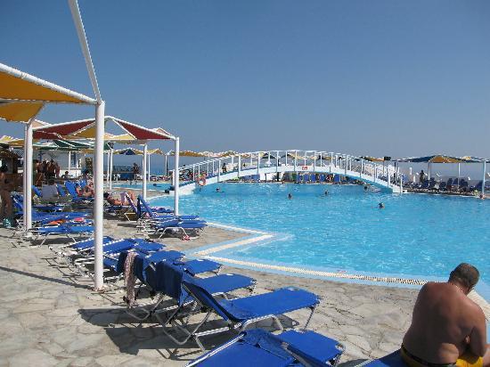 Mitsis Rinela Beach Resort & Spa: main pool