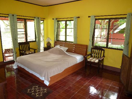 Ban Rai Tin Thai Ngarm Eco Lodge: Spacious rooms