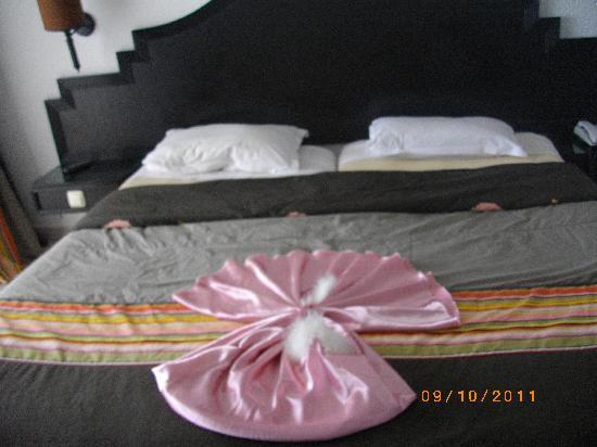 Hotel Dar El Olf: merci pour la femme de chambre!!! un geste qui nous touche