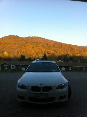 Killington Motel: October foliage.