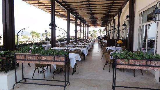 Asteria Bodrum Resort: Terrasse du restaurant principal
