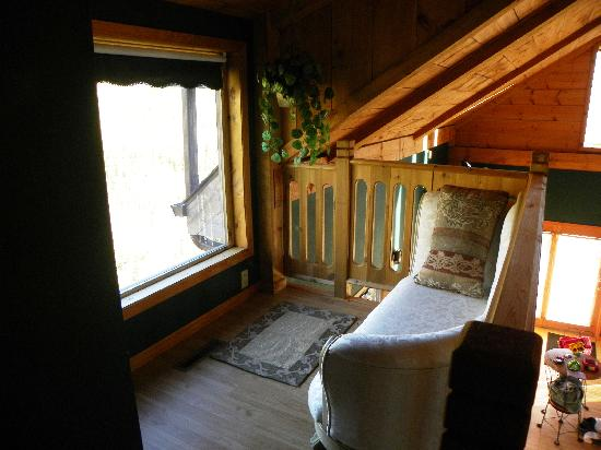 Percheron Paradise Romantic Hideaway: sitting area in the loft