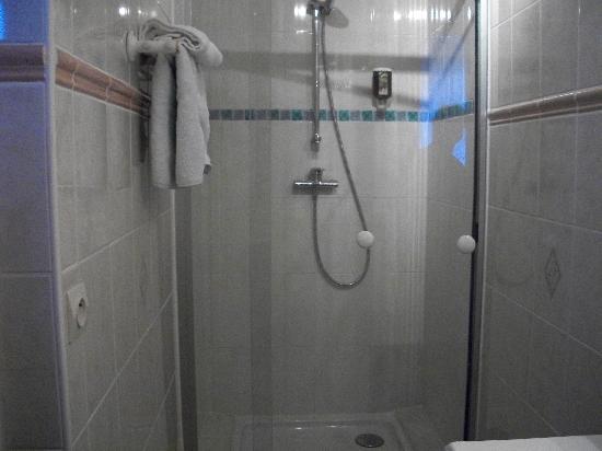 Hotel de la Loire : great shower