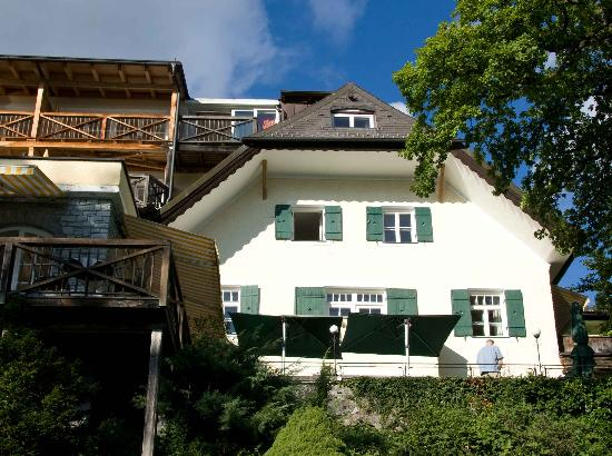 Landhaus zu Appesbach: Lake front