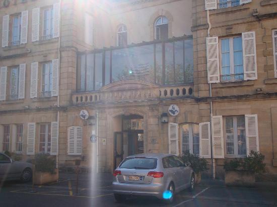 Hotel Montaigne: hotel exterior