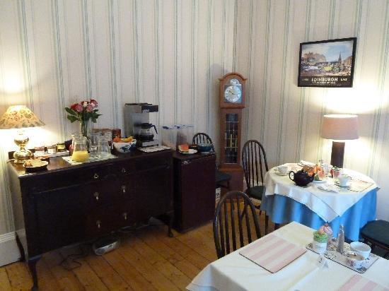Kingsway Guest House: Breakfast room