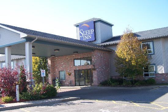 Sleep Inn : View of the hotel fom North side