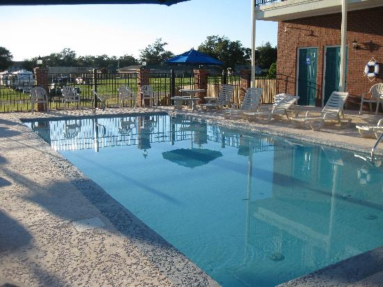 Star Inn - Biloxi: Pool