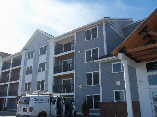 White River Inn and Suites: New section
