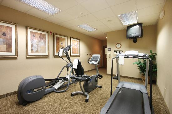 Hampton Inn Grand Rapids-North : Stay fit in our fitness center