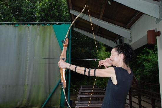 Club Med Bintan Island: Mum liked archery