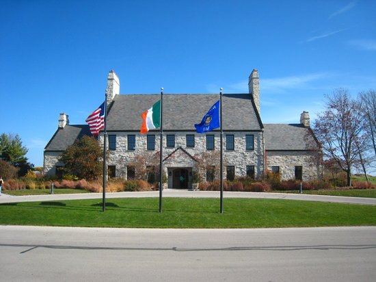 Whistling Straits Golf Course - Straits and Irish: Whistling Straits Clubhouse