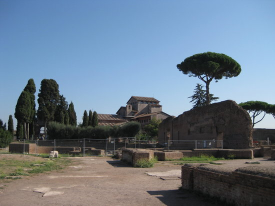 Roman Walks - Archaeological Walking Tours