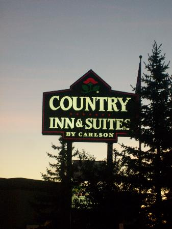 Country Inn & Suites By Carlson, Regina, SK: Here's your sign