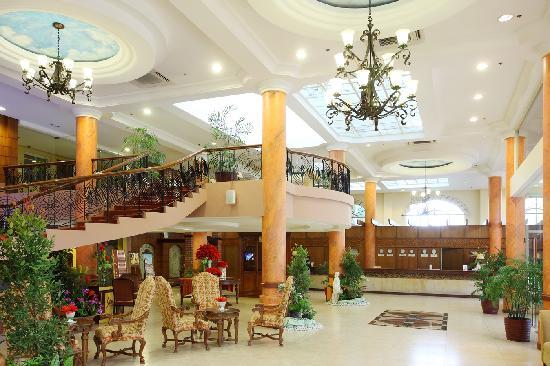 Hotel Stotsenberg: Lobby