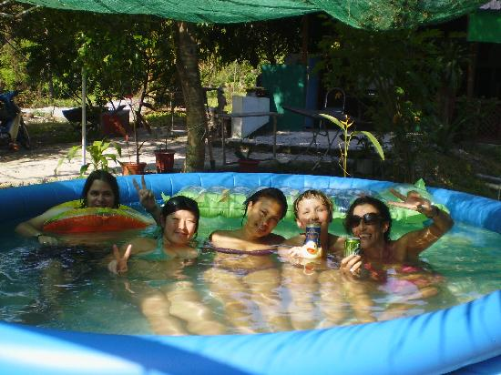 Zackry Guest House: Great pool..