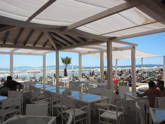 Ultima Spiaggia Ristorante: vista del ristorante