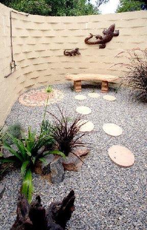 Sebumo Tude Nature's Lounge: Die Außenduschen bieten eine erfrischende Abkühlung