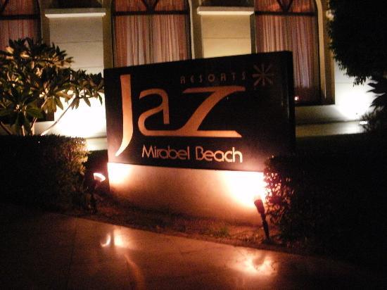 Jaz Mirabel Beach: Hotel Entrance