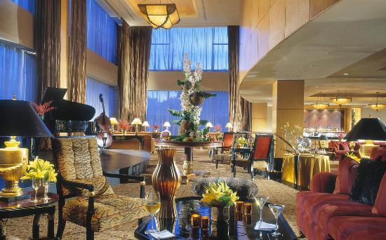 Hotel Mulia Senayan, Jakarta: The Cascade Lounge