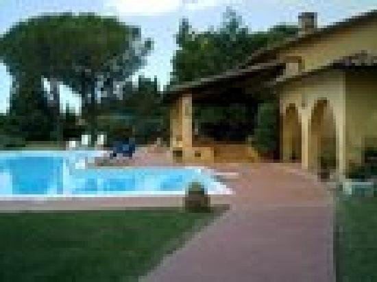 Podere San Paolo: piscina