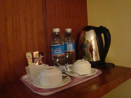 Silver River Hotel Instant Coffee Tea Bags In Room Bring Your Own Sugar