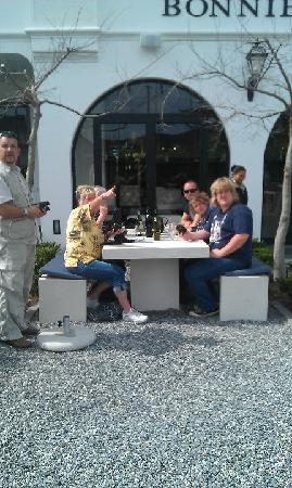 Impangele B and B & Self Catering Cottage: Wine tasting tour with the other guests
