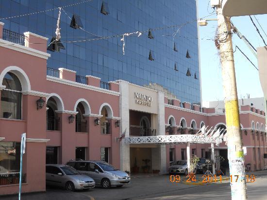 Foto de naindo park hotel la rioja el frente del hotel for Hoteles en la rioja