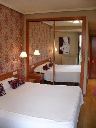 Hotel Cadagua