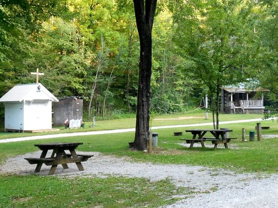 Tumbling Waters Campground: The chapel and one of the cabins at Tumbling Waters