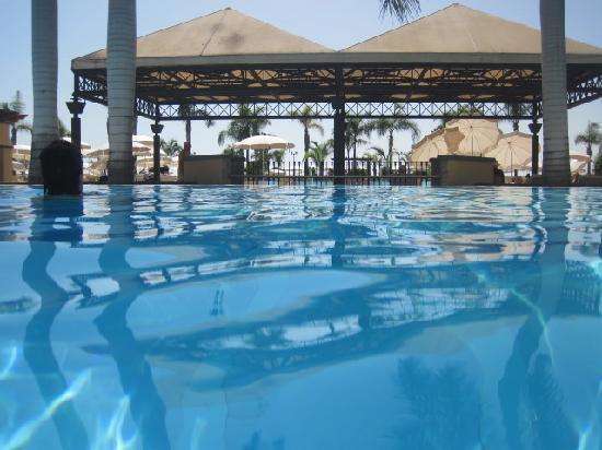 GF Gran Costa Adeje: pool view