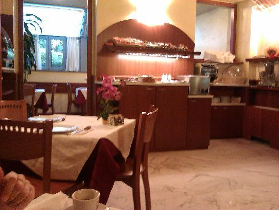 Hotel Ideale: the breakfast room