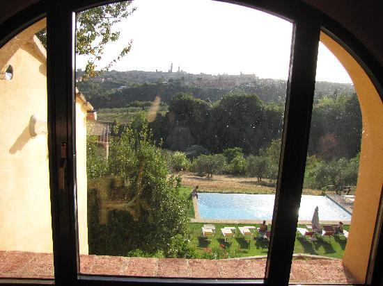 Podere La Strega: The view from the kitchen