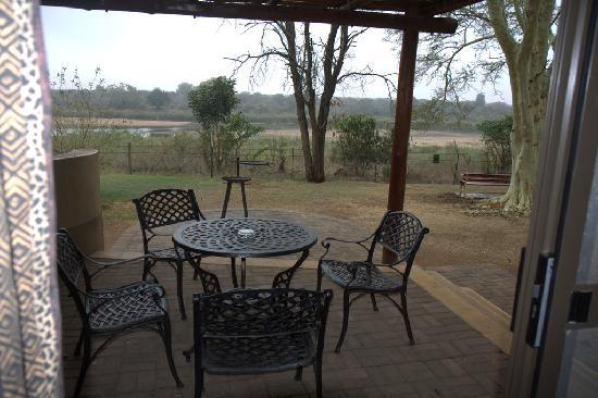 Lower Sabie Restcamp: View of the Sabie river from the verandah