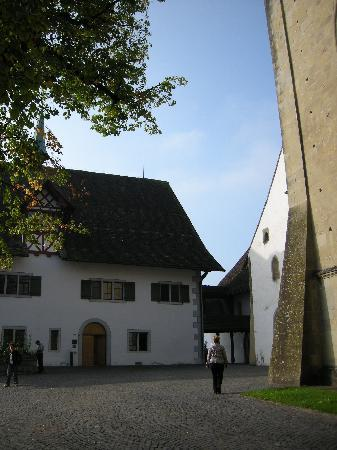 Kloster Kappel: Entrance to reception (vaulted door), wall of Abbey Church to immediate right