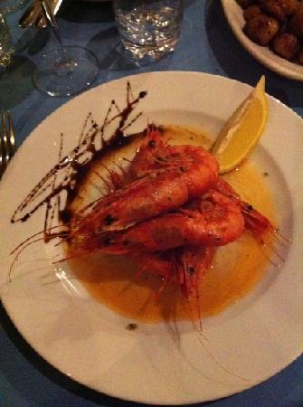 La Trattoria Restaurant: pretty prawns - my husband said they were the best he has ever had.