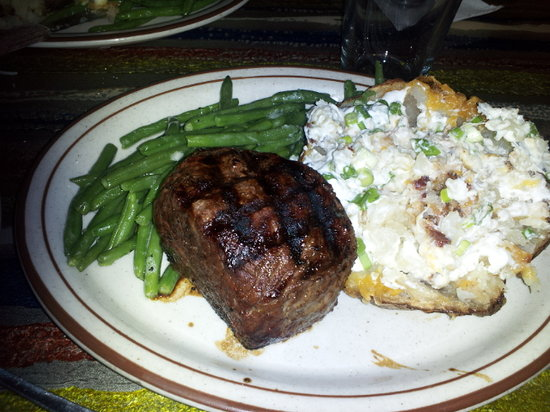 Hydra: Baseball Sirloin with Baked Potato and Fresh Green Beans