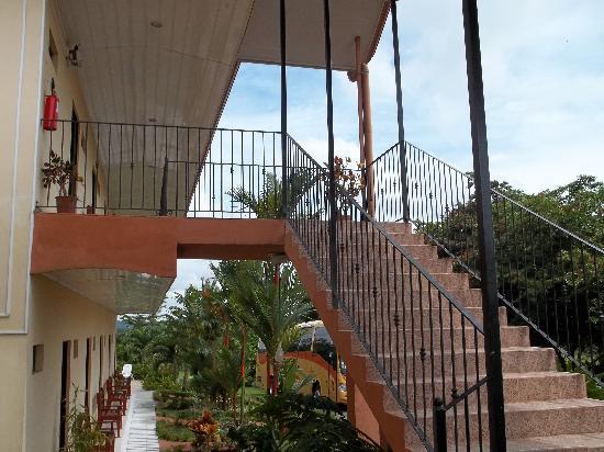 Hotel Vista del Cerro: front view