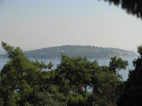 Travel Shop Turkey - Istanbul Day Tours: The view from the top of the island.