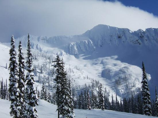 Whitewater Ski Resort: open bowls between front face and middle face, out of bounds but trekkable